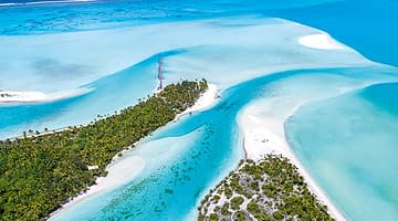10 reasons to visit the Cook Islands
