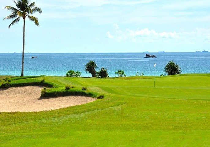 Vacationsmag_Bintan-Golf-Course