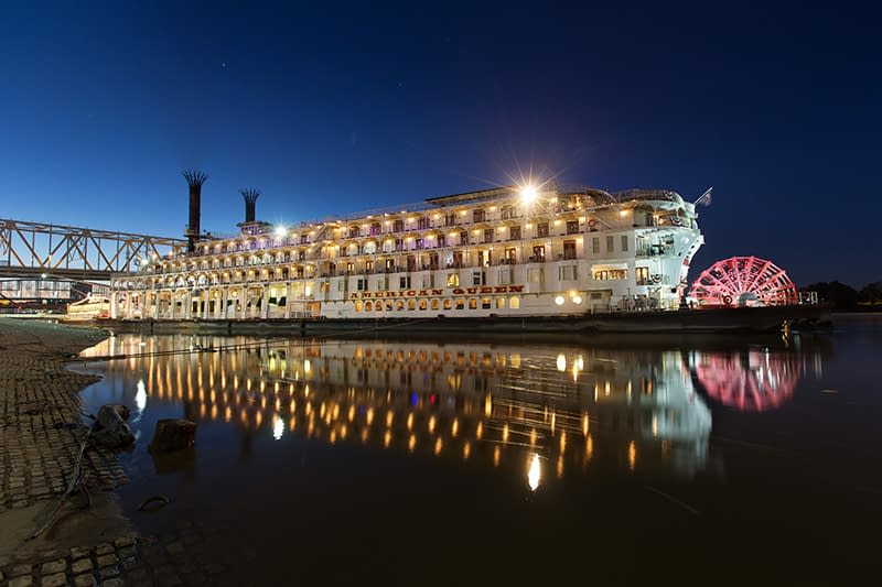 America, American Queen Steamboat Company, cruises, river cruises, Mississippi River, Mark Twain, American Empress